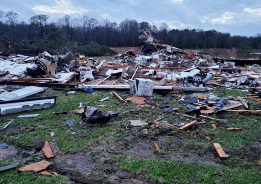 Reportan 11 personas muertas por fuertes tormentas en EU