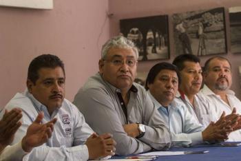 Tratan Gobierno y CNTE democratización del sindicato de maestros