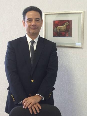 Destituyen e inhabilitan a ex funcionario de Pemex