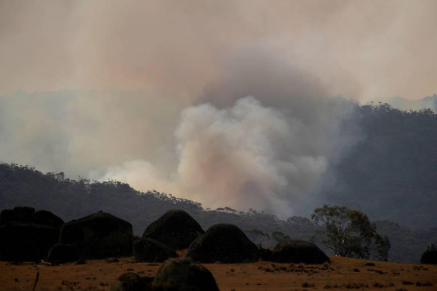 Esperan fuertes lluvias en zonas afectadas por incendios en Australia