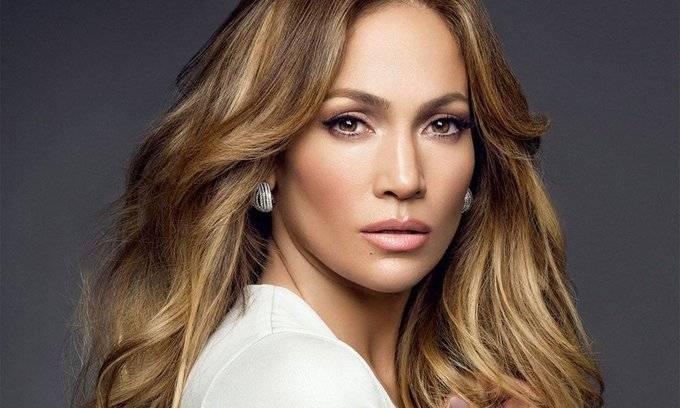 Jennifer Lopez muestra un adelanto de su presentación en el Super Bowl