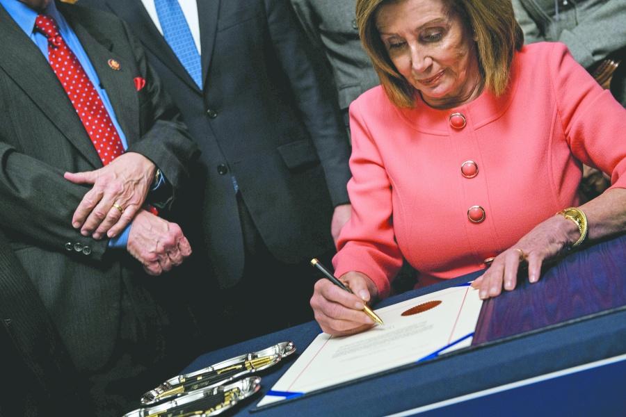 Cámara baja deja en manos del Senado destitución de Trump