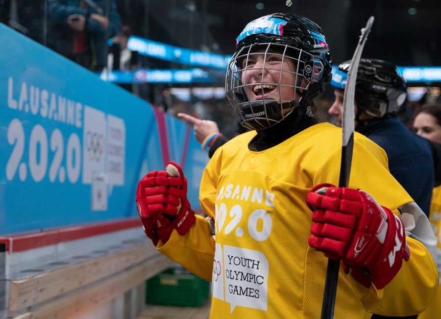 Luisa Wilson gana para México oro histórico en Olímpicos de Invierno