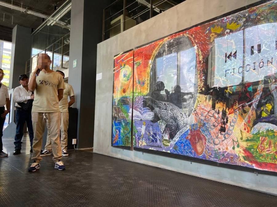 Presos montan exposición en el Centro Cultural Tlatelolco
