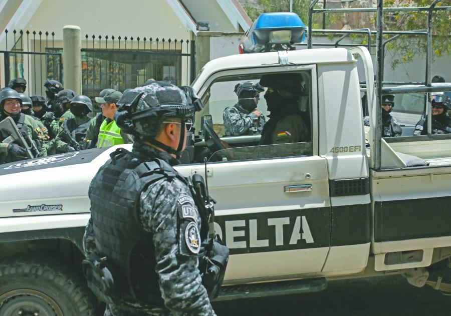 Bolivia despliega hasta drones  para vigilar embajada de México