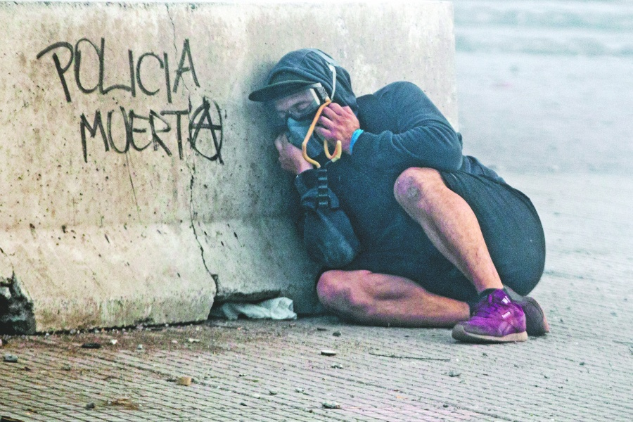 Piñera tiene 6% de aprobación, la peor  para un Presidente chileno en 30 años