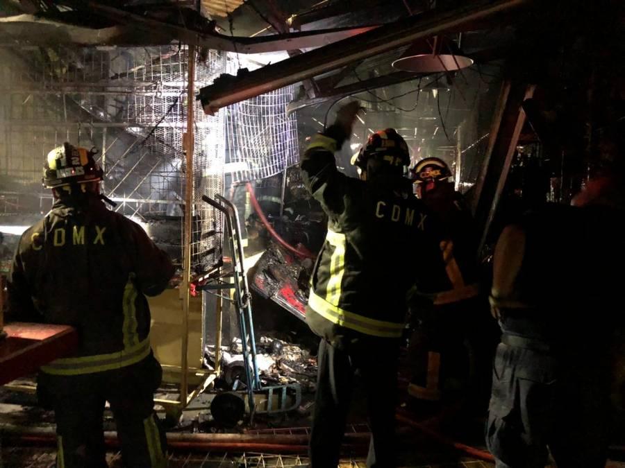 Incendio en Mercado Morelos inició en local de esoterismo