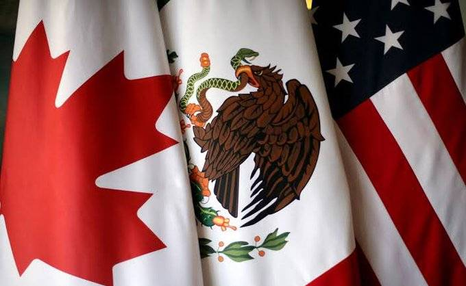 Bolsa mexicana sube a mejor nivel en un mes tras aprobación TMEC en EEUU, peso opera plano