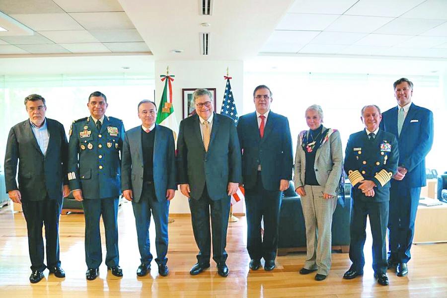 México y EU pactan reducir el tráfico de armas y droga