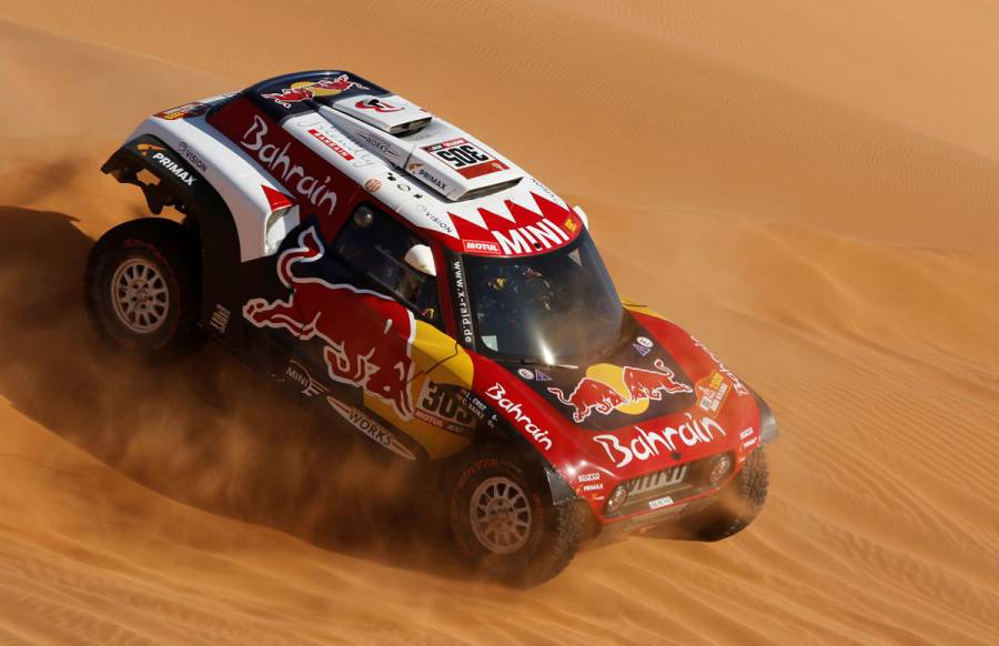 Carlos Sainz se convierte en triple campeón del Dakar