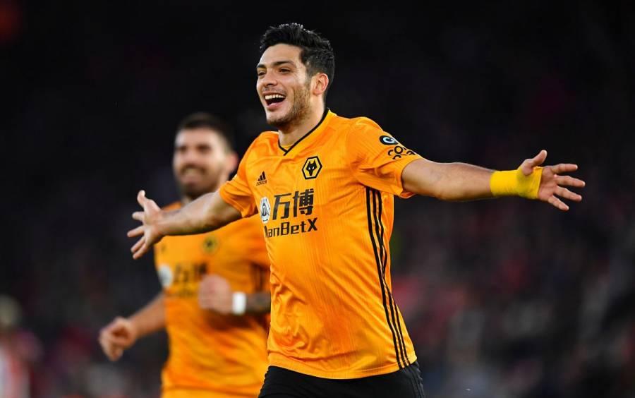 Con doblete de Jiménez, Wolves remonta frente a Southampton