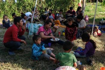 Contingente de migrantes acepta trabajar en la frontera sur