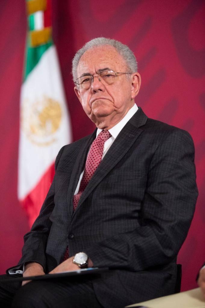 """Se apunta Jiménez Espriú con dos """"cachitos"""" para rifa de avión presidencial"""