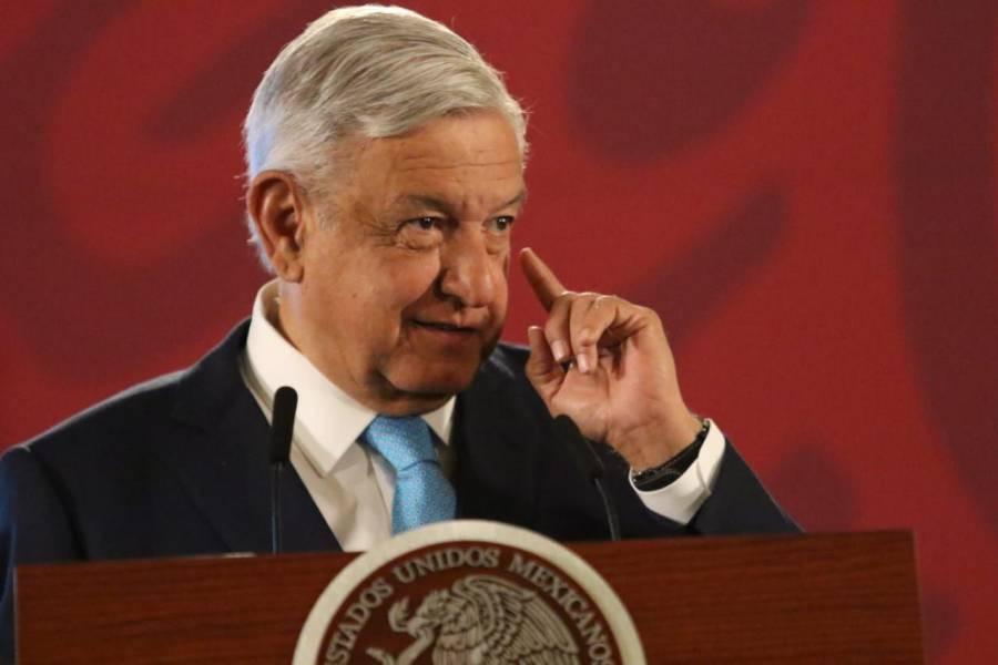 """Defiende AMLO rifa de avión presidencial; """"no es ocurrencia"""", dice"""