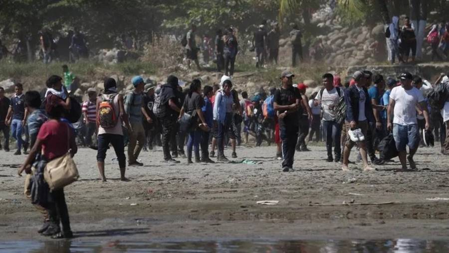 Trabajo conjunto con gobiernos centroamericanos para ofrecer trato digno a migrantes, piden legisladores