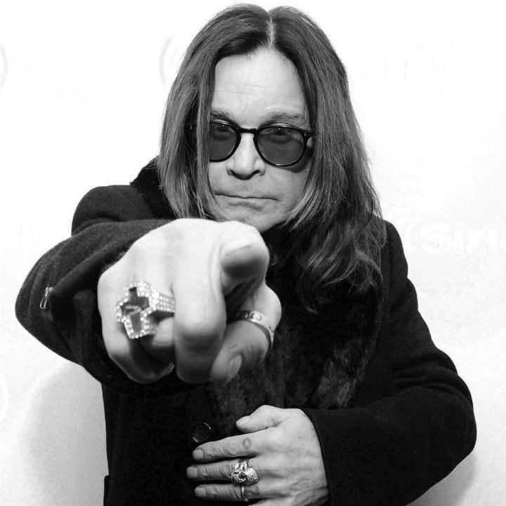 La leyenda del rock Ozzy Osbourn confirma que tiene parkinson