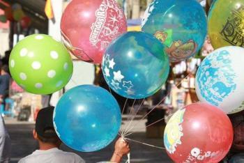Industria del globo se ve afectada por la prohibición de uso de plástico