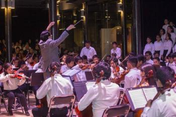 Salinas Pliego transfiere 83 orquestas Azteca al Gobierno Federal
