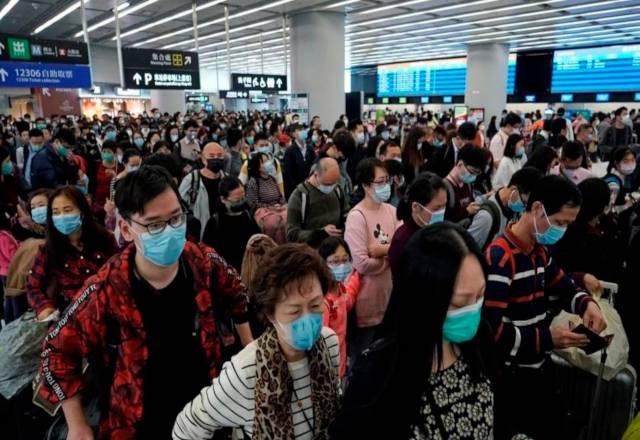 El balance más reciente arroja 25 muertos y 830 casos de coronavirus