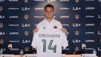 """LA Galaxy presenta a """"Chicharito"""" Hernández"""