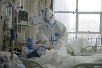 China decreta cuarentena en dos ciudades tras brote de coronavirus