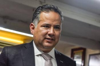 Gobierno mexicano logró detener caída libre de la corrupción: Santiago Nieto