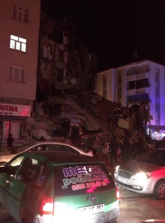 Fuerte sismo sacude Turquía. Reportan seis muertos