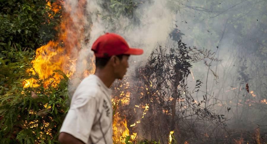 Al menos 11 muertos, entre ellos niños, deja incendio en Venezuela