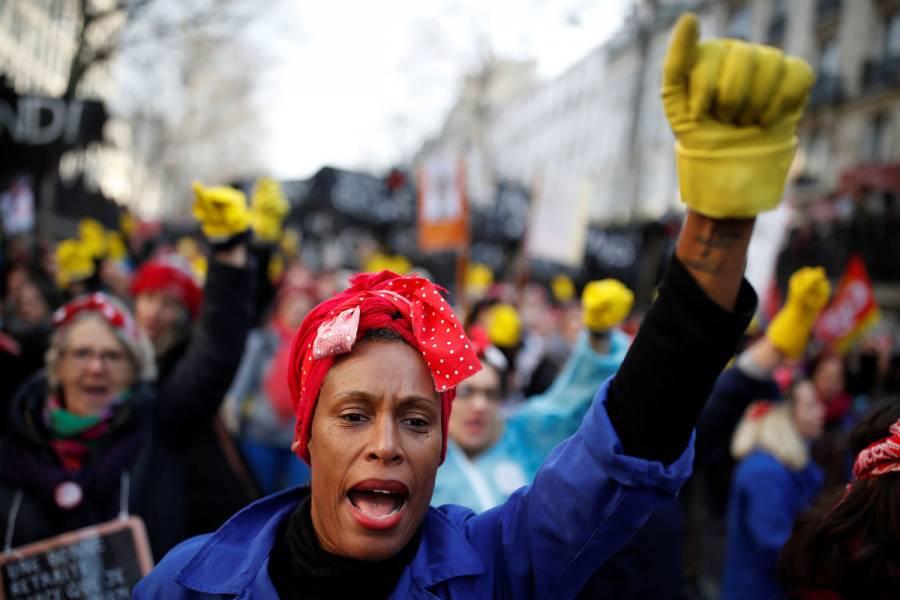 Sindicatos franceses amagan con más meses de protestas