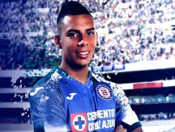 Oficial: Alex Castro, nuevo jugador de Cruz Azul