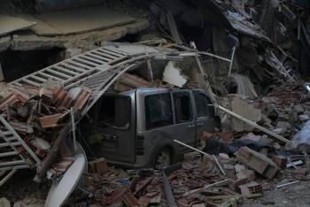 Asciende a 22 los muertos por sismo en Turquía