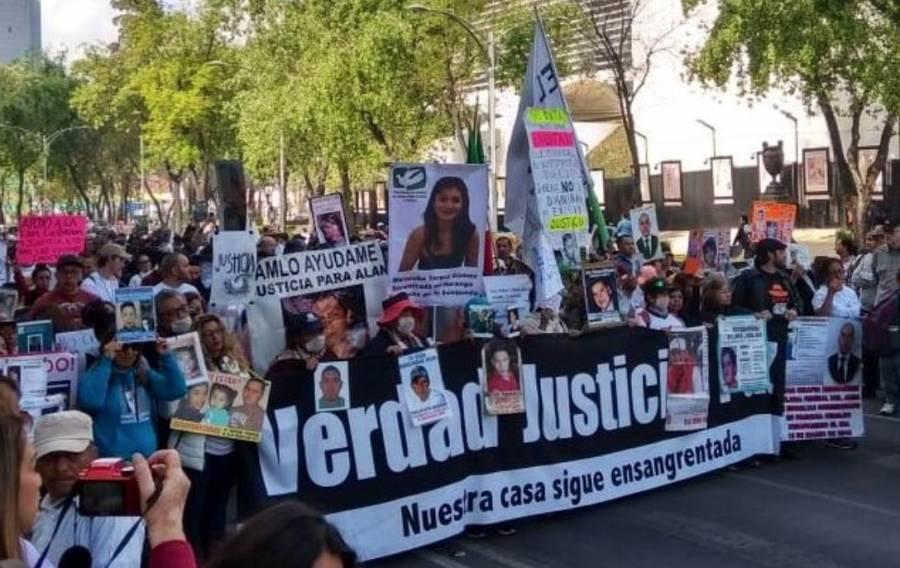 Marcha por la Paz recorre Paseo de la Reforma