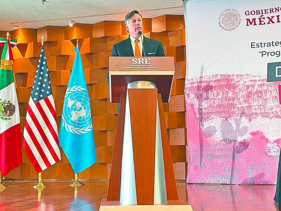 Sugiere Landau trabajar en conjunto con EU y la ONU