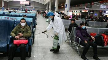 """La OMS pasó a """"alto"""" el riesgo por el coronavirus surgido en China"""