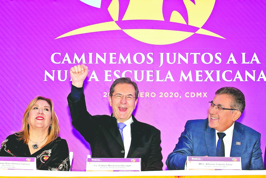 Destaca SEP regulación y de 175 mil maestros