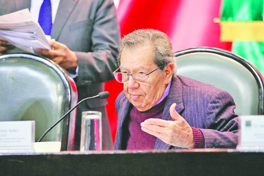 Muñoz Ledo pide renuncia del titular del INM