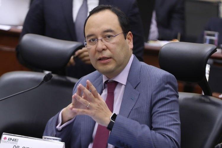 Reforma de 4T beneficia el doble a Morena: INE