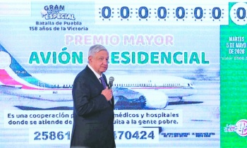 """""""La gente quiere cooperar"""" en rifa de avión:Presidente"""
