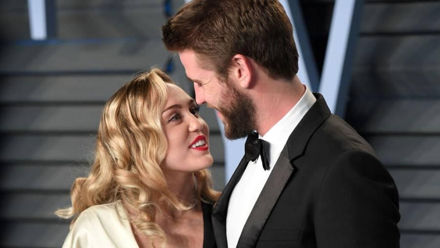 Miley Cyrus y Liam Hemsworth, oficialmente divorciados