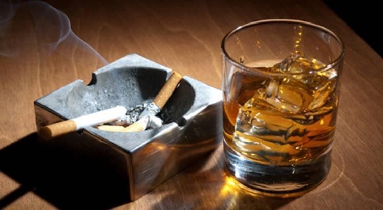 Morena propone nuevo impuesto a cigarros y alcohol para Insabi