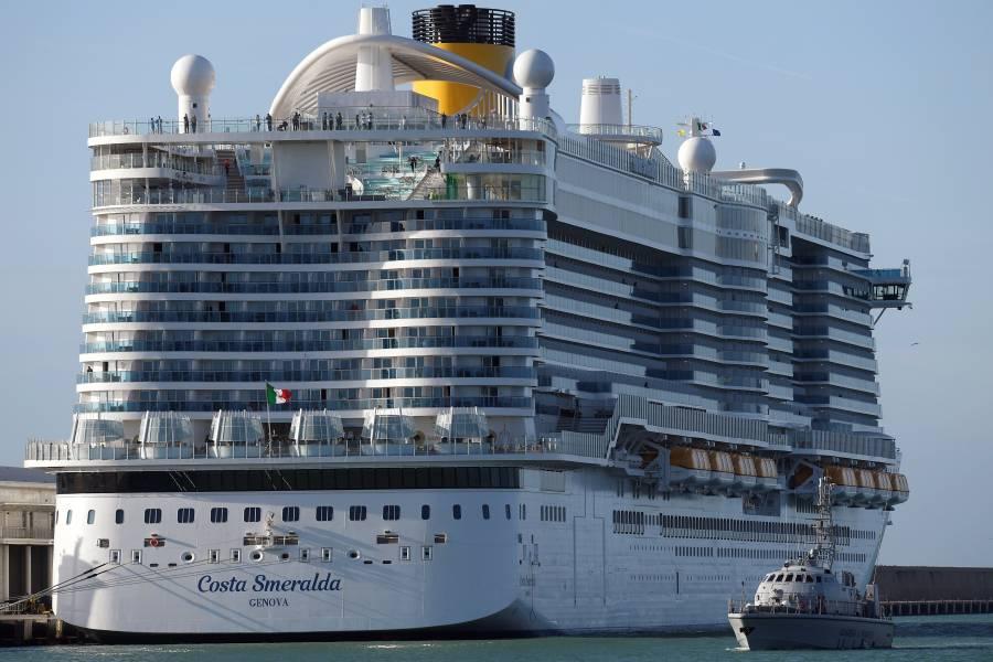 Crucero Costa Smeralda en cuarentena por casos sospechosos de coronavirus