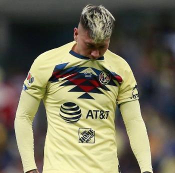 Nicolás Castillo presenta trombosis tras operación