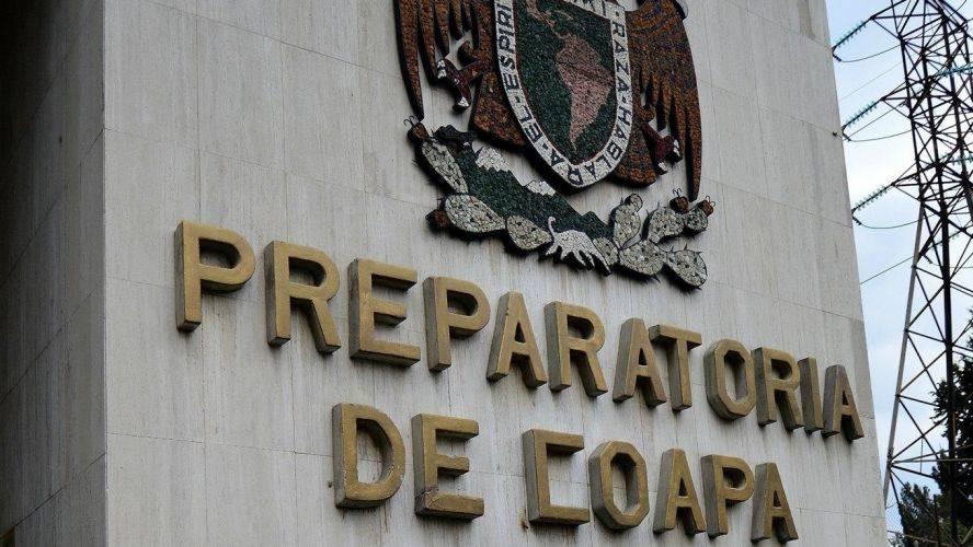 Amenaza de bomba en Prepa 5, desalojan el plantel