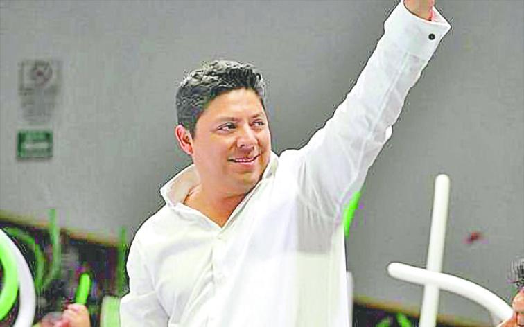 Felicitan aContraRéplicapor las ediciones en SanLuisy Puebla