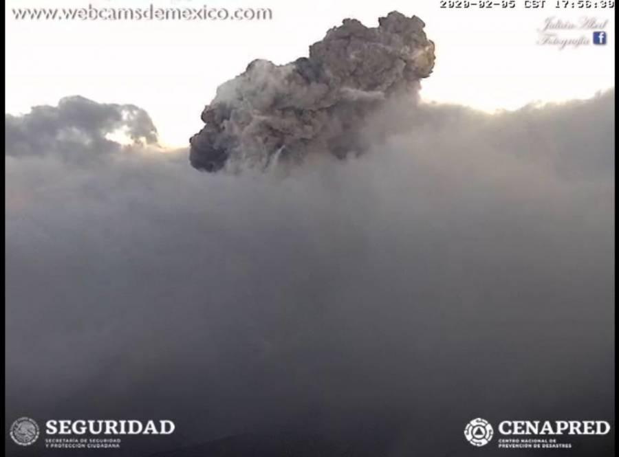 Registra volcán Popocatépetl explosión que asusta a poblanos