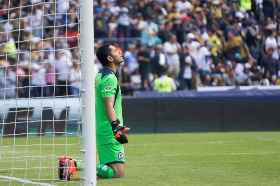 Siboldi mantendrá a Corona como titular en Cruz Azul