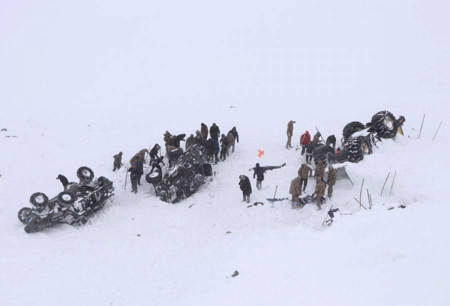 Avalancha en Turquía deja al menos 21 muertos y varios atrapados