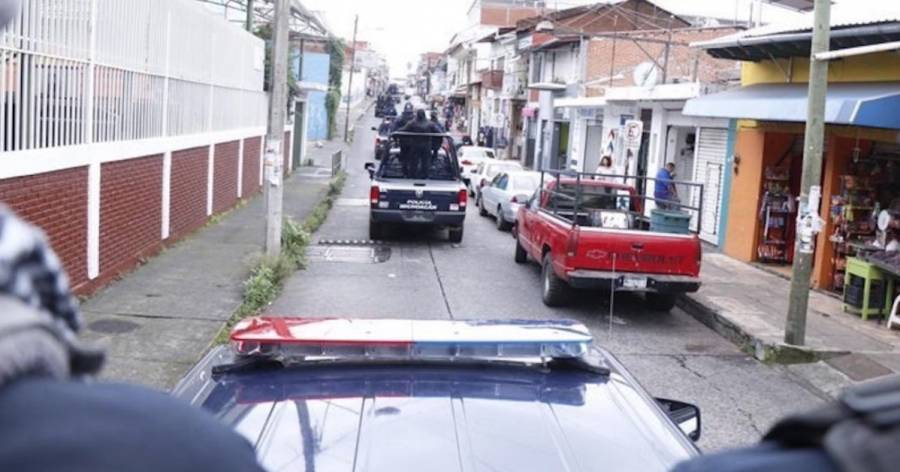 Identifican a víctimas de ataque armado a negocio de maquinitas en Uruapan
