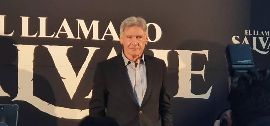 A los migrantes hay que invitarlos a Estados Unidos: Harrison Ford