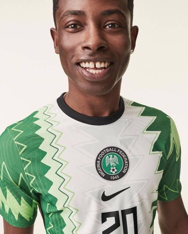 Nuevo jersey de Nigeria causa sensación